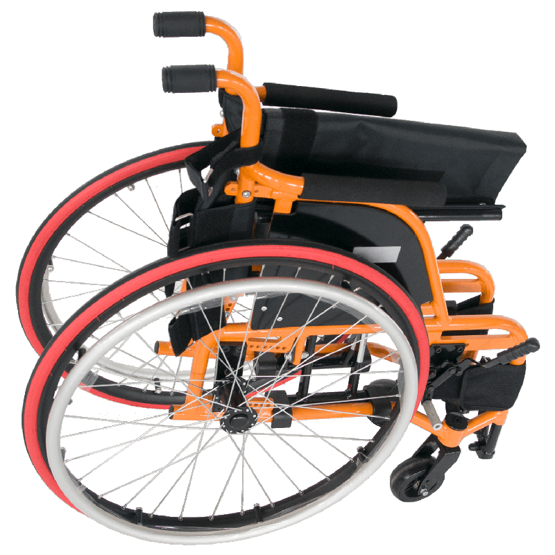 Foldable wheelchair body